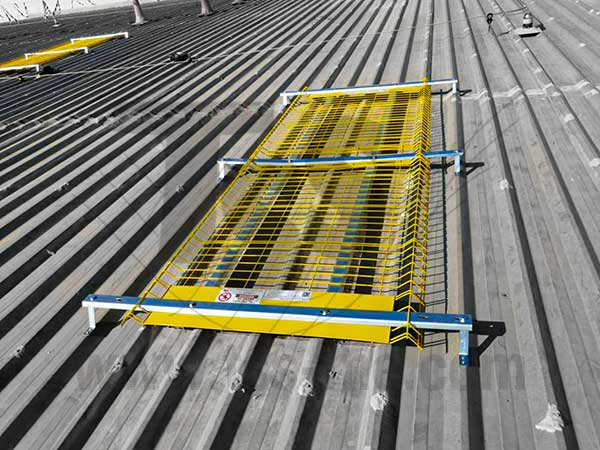 roof Safety system Skylight Protection Saudi-Arabia-UAE-Oman-Bahrain-Kuwait-Qatar-Lebanon-Azerbaijan-Egypt-Dubai-Jeddah ME Doka Scaffold Combisafe-TCE-Honeywell-GCC 022